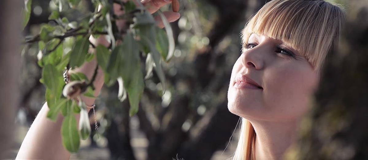 bakalland-wideo-plantacyjne-migdal