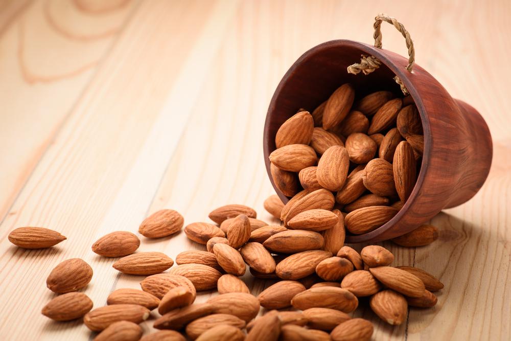Migdały właściwości i zastosowanie w diecie. Odkryj tajemnice migdałów Bakalland!